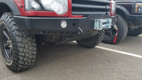 Discovery 2 Deluxe Winch Bumper